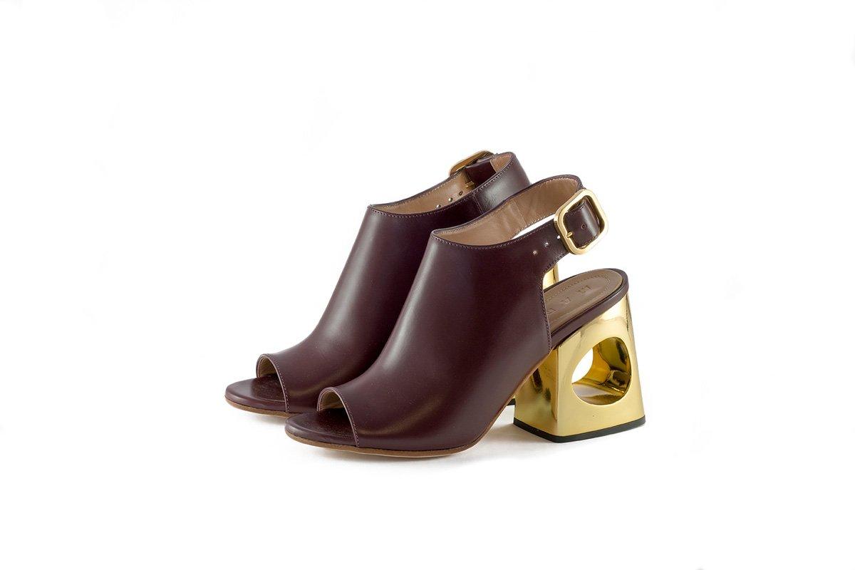 La Rinascente web magazine   borse e scarpe still life