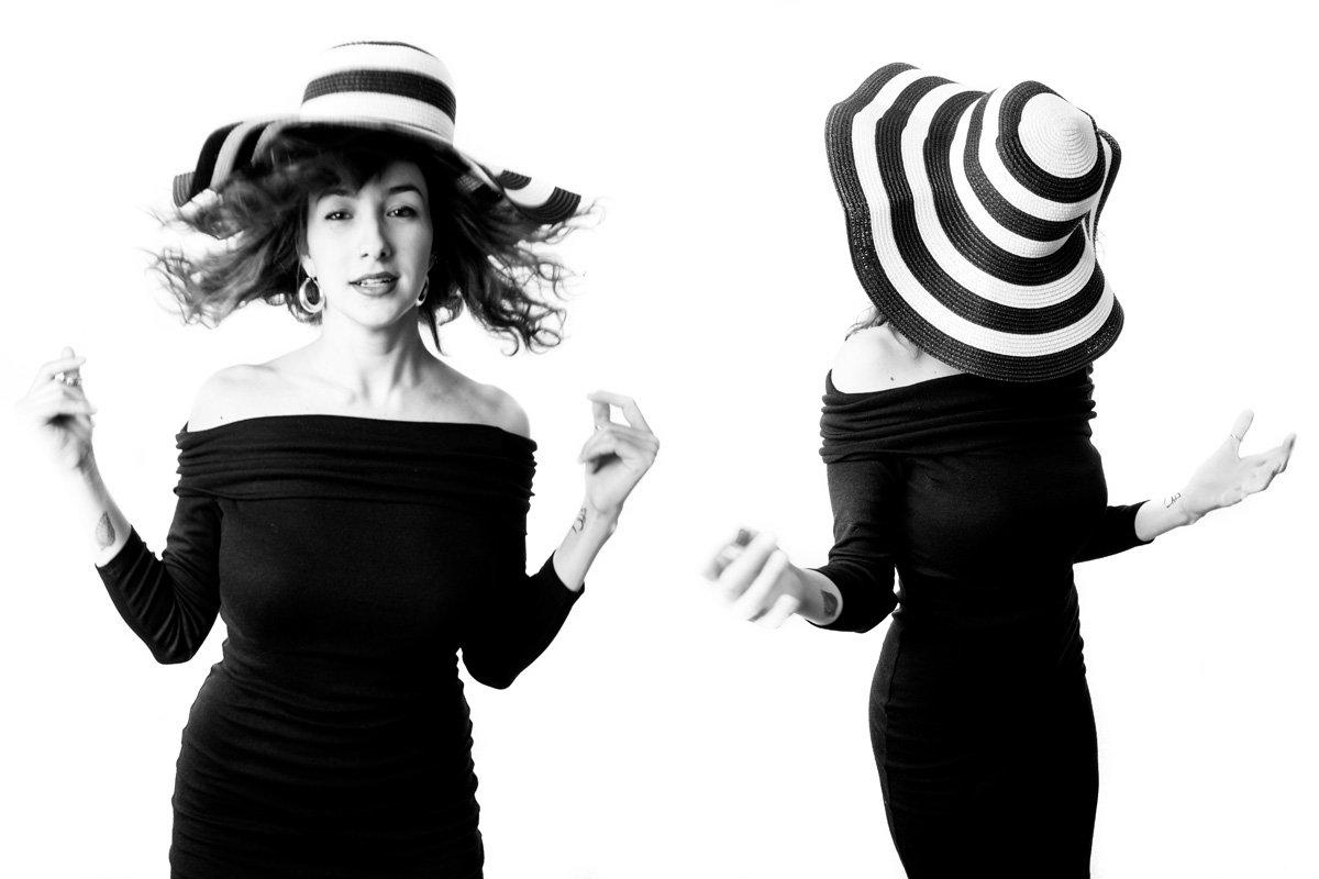 salto di donna con cappello